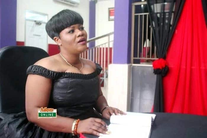 Obaapa Christy, Kwabena Kwabena join forray of mourners for KABA