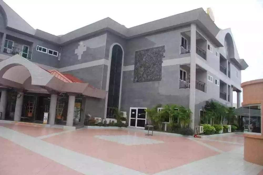 Cheap hotels in Accra Ghana and prices