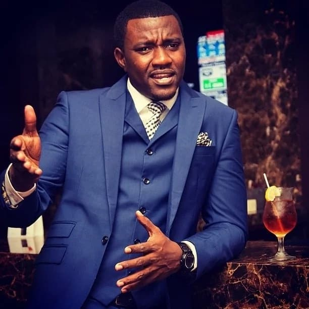 I can't date a woman richer than me- Dumelo