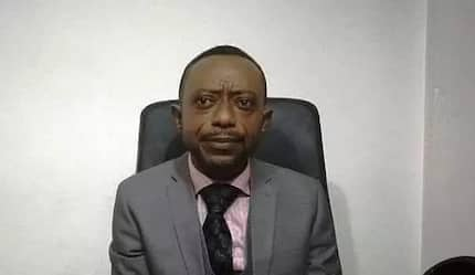 Rev Owusu Bempah goes to Hot FM and vandalises studio equipment (VIDEO)