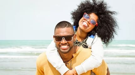 6 things most Ghanaian women expect from their man on a Friday night