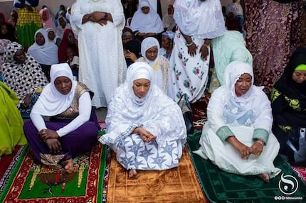 Ask for serious forgiveness for deceiving Ghanaians - Man tells Samira Bawumia as she shares rare photos while praying in a mosque