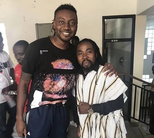 Obrafour performs with Pappy Kojo to honour Kwame Nkrumah after he cried of neglect