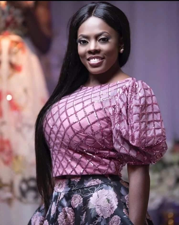 Nana Aba Anamoah redefines confidence with striking pose in latest photo
