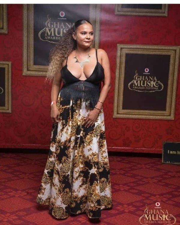 'Braless' celebrities spotted at the 2018 VGMA