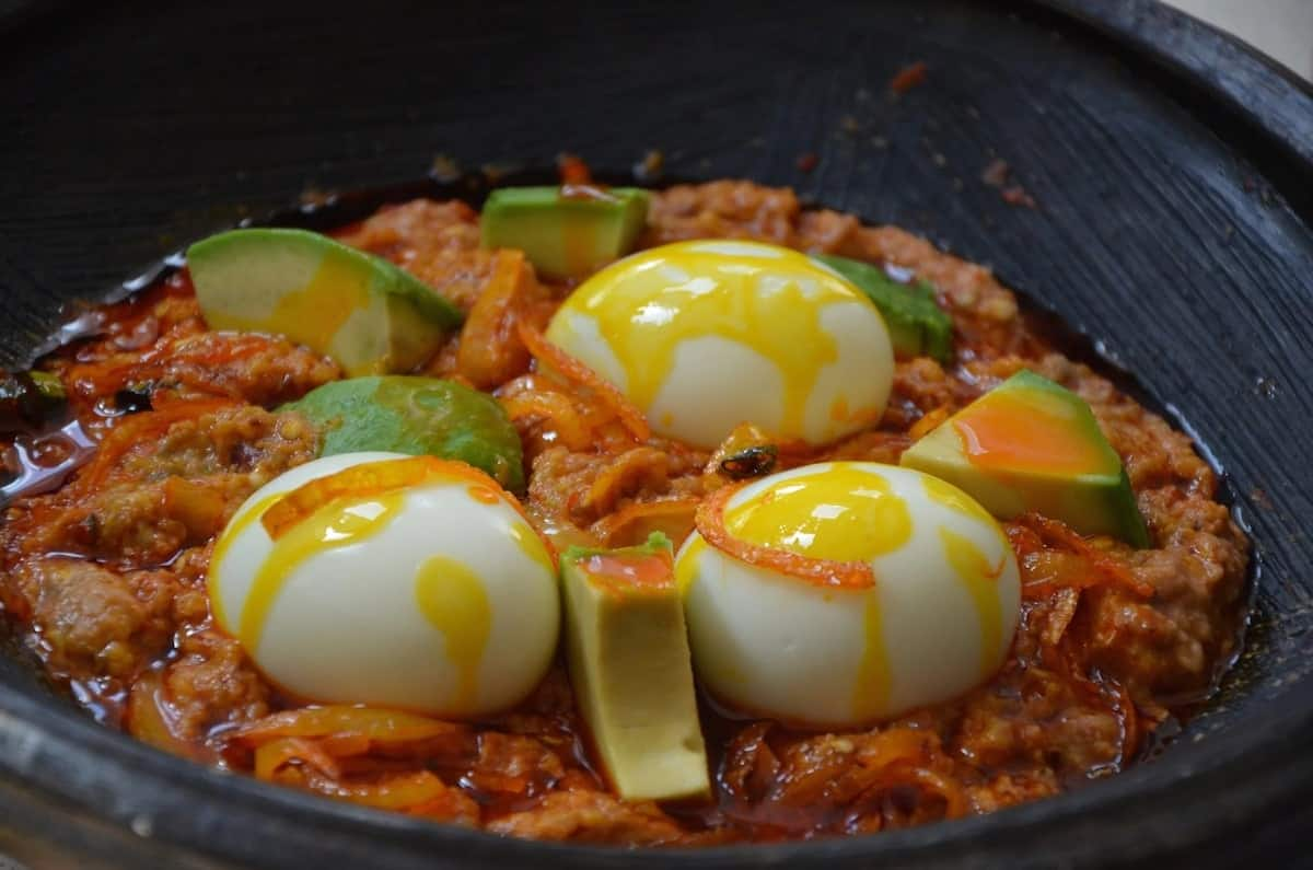 How to prepare garden egg stew in Ghana