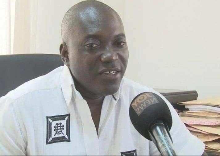 Deputy Minister gifts car to best teacher