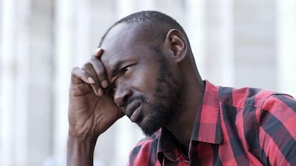 Please off the light so I can get her attention – Man sadly begs ECG over girlfriend in latest video