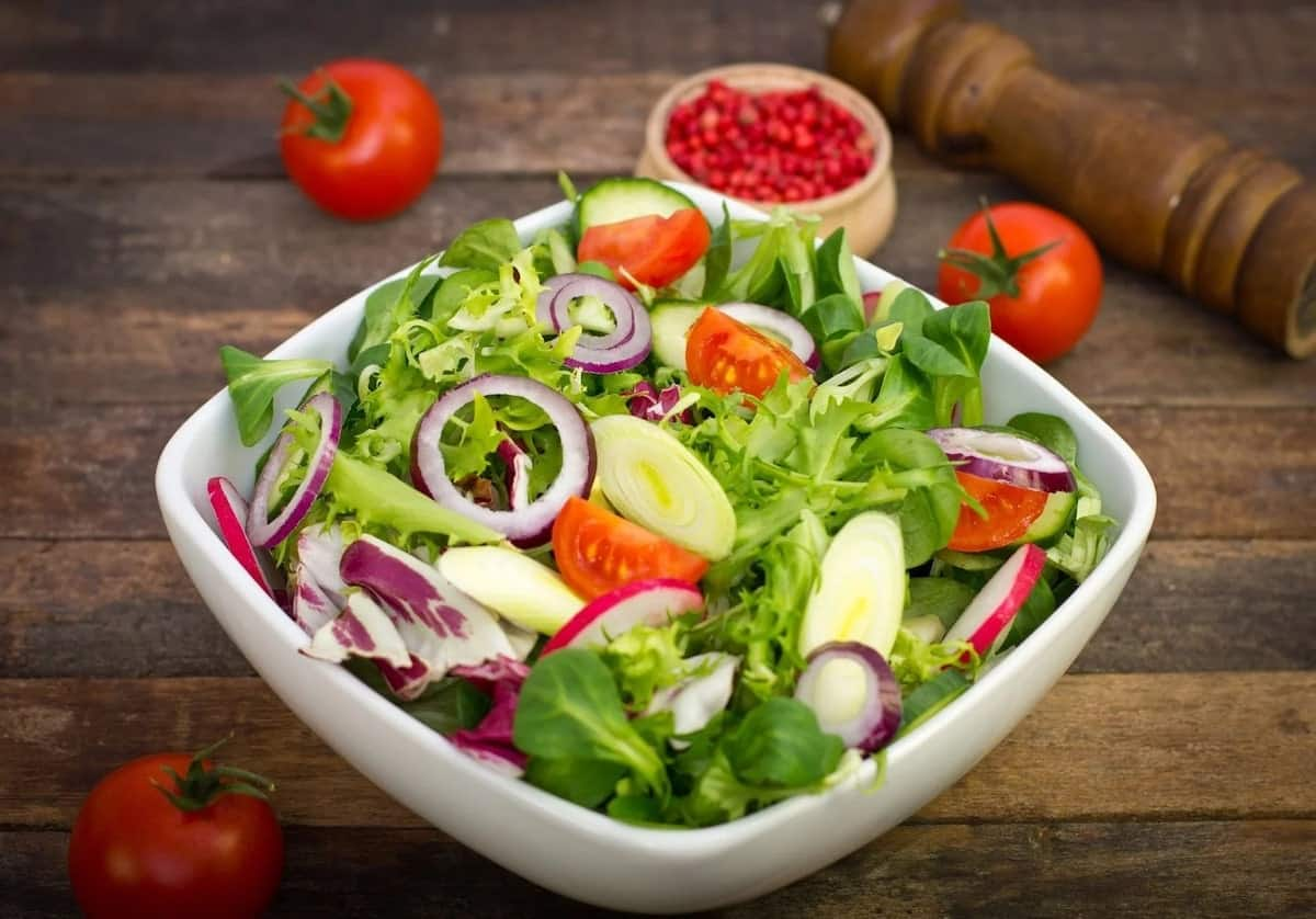 how to prepare salad at home