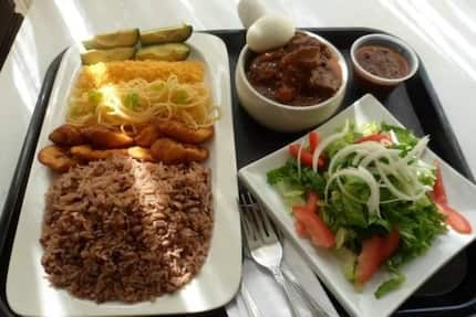 7 Ghanaian foods that taste better when bought outside