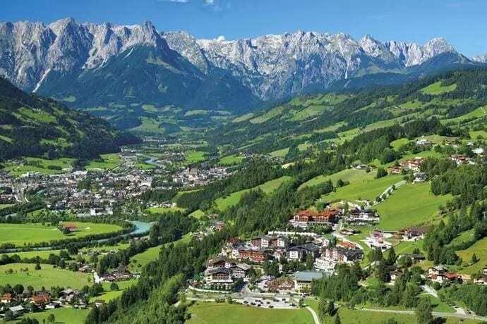 List of popular cities in Austria List of names of cities in Austria States in Austria List of cities in Austria