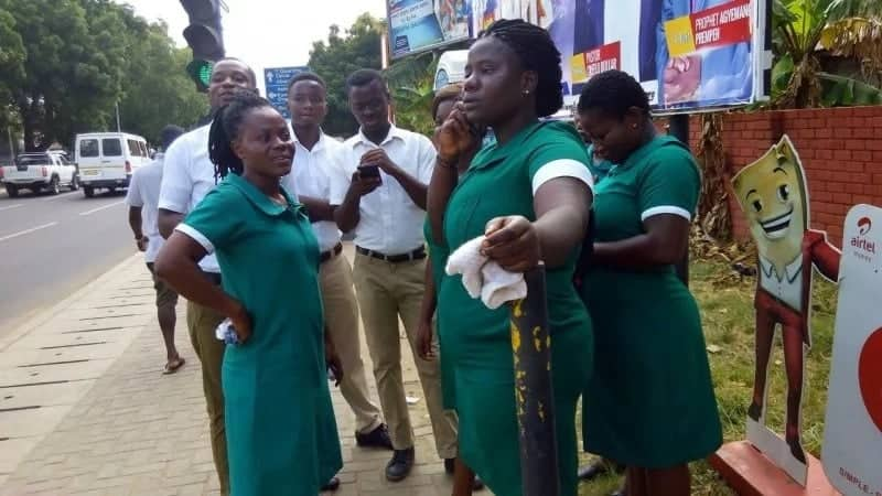 Government to cut back nursing trainees intake starting September 2017
