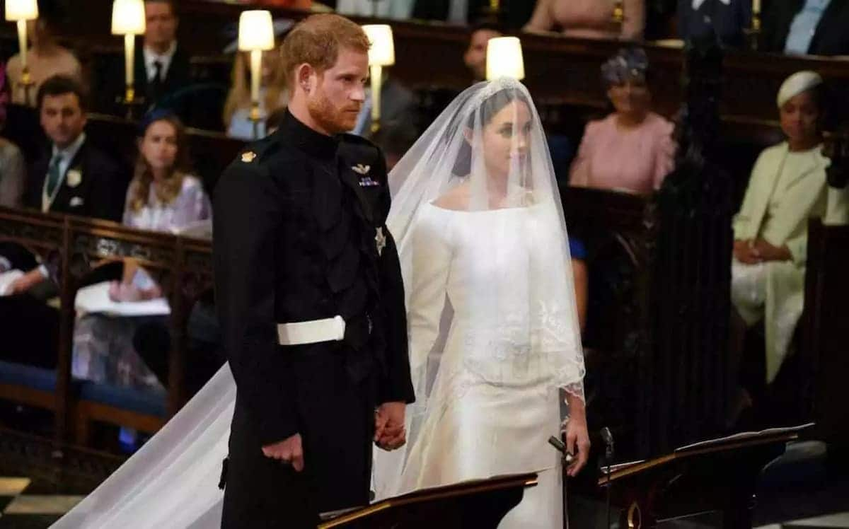 Video of Ghanaian lady speaking English at the royal wedding cracks ribs on the internet