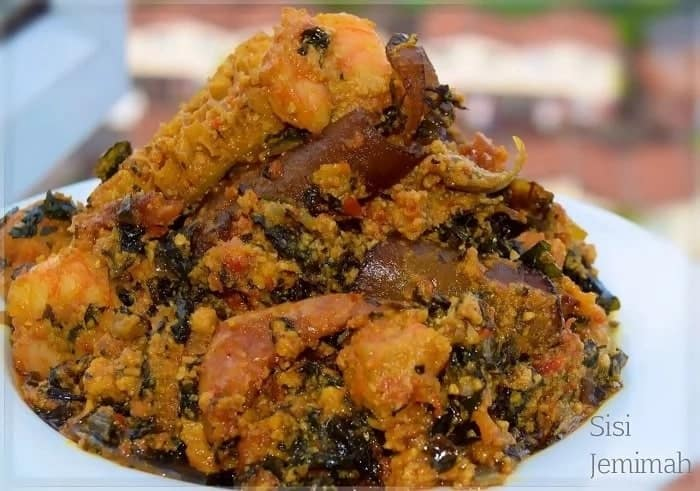 how to prepare egusi soup with chicken