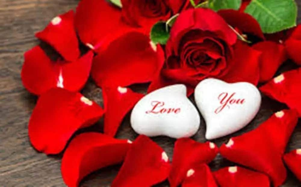 Most touching love messages for girlfriend