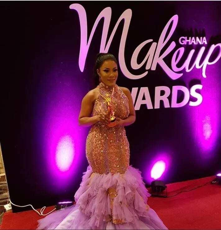 Zynnel Zuh wins Most Glamorous Celebrity award