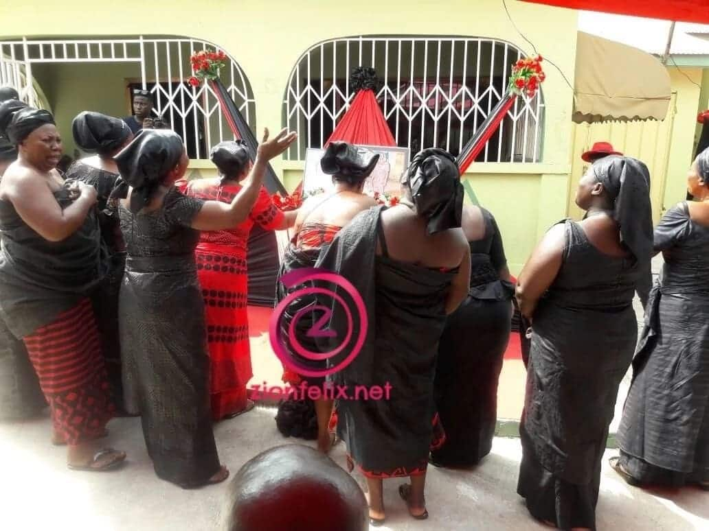 Vivian Jill Lawrence, Tracey Boakye, other stars join Maame Serwaa to mark one week after her mum's passing