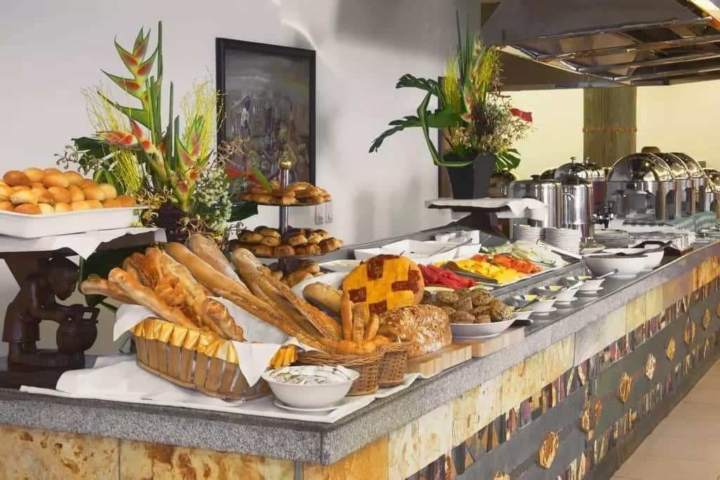 List of cheap hotels in Ghana with breakfast