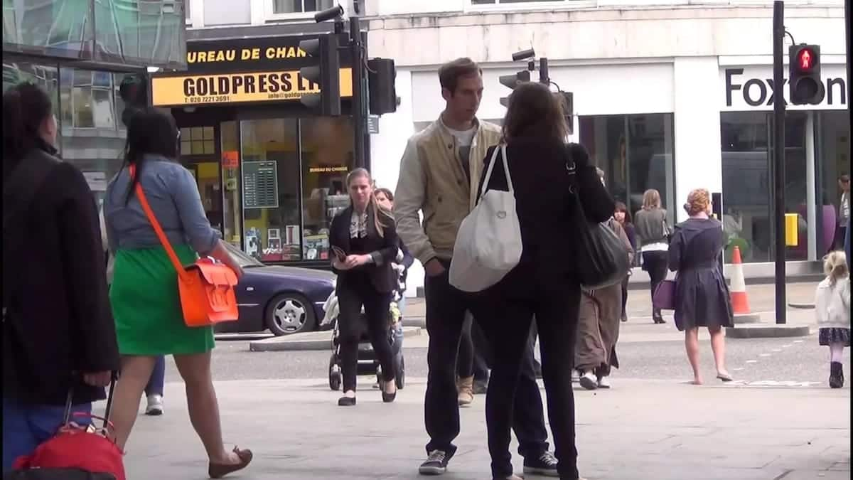 How to Approach a Lady on the Street