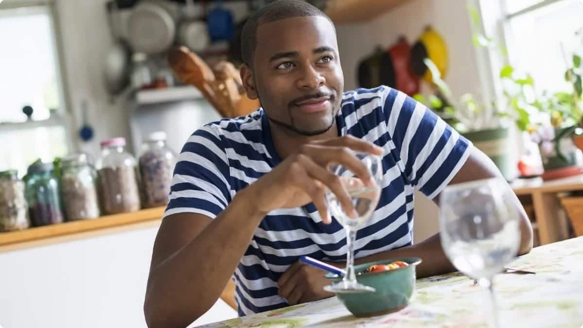 7 urgent things every Ghanaian man should do before 2017 ends