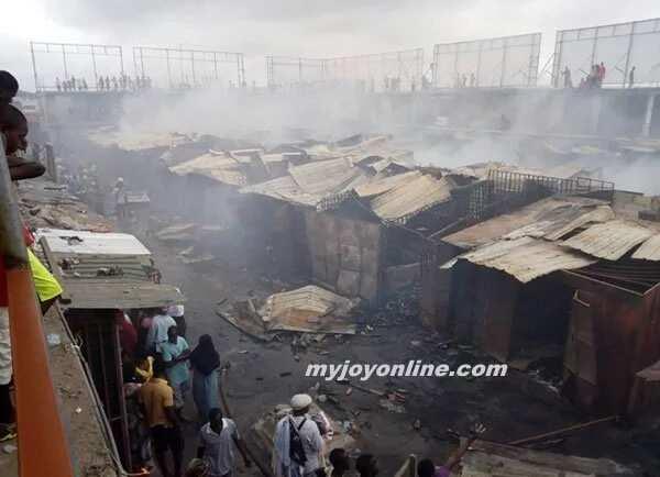 Kasoa Old Market Square burnt to the ground / Joy TV
