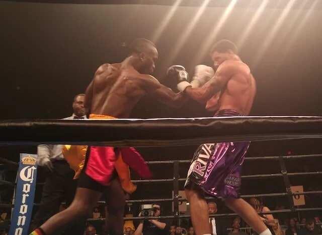 Samuel Neequaye loses to Anthony Peterson
