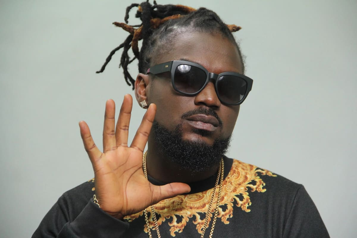 Samini punches holes in Shatta Wale's dancehall experience; claims they are not at the same level