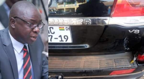 Minister involved in accident; truck loaded with illegal lumber smashes into his car