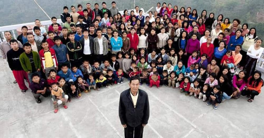 Large family, Ziona Chana, India