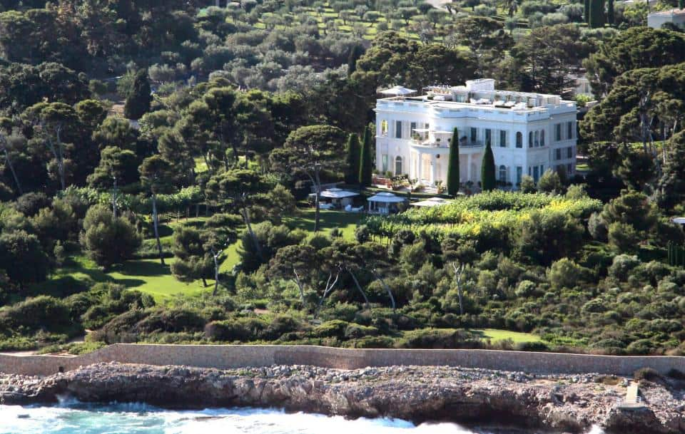 Inside Roman Abramovich's £340million property portfolio (Photos)