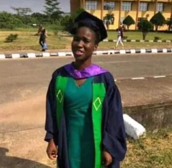 Pretty female graduate dies in fatal accident hours after her convocation