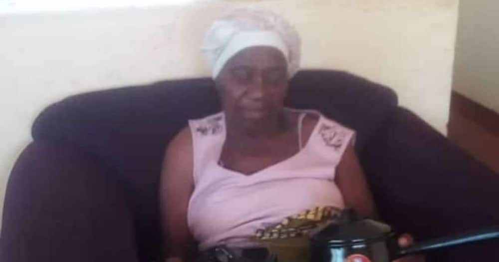 Man gushes about gogo who has 55 grandkids and 33 great grandchildren