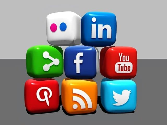 Social media: The good, the bad, and ugly - A YEN.com.gh Feature