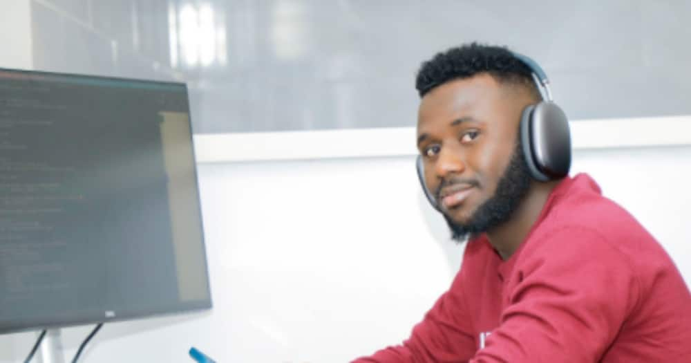 Favour Ori, CEO of fintech company receives $1 million as pre-seed funds