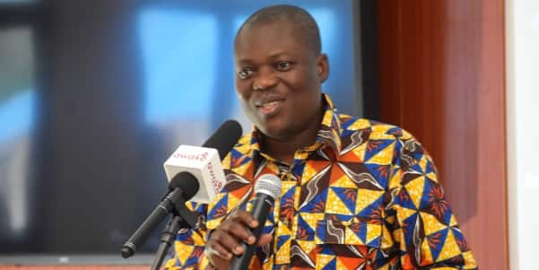 Professor warns gov't; says T-bills, loans and other securities must not exceed 5% gap