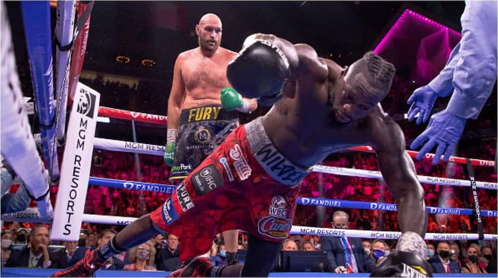 Defeated Bronze Bomber Deontay Wilder Released From Hospital With Broken Right Hand
