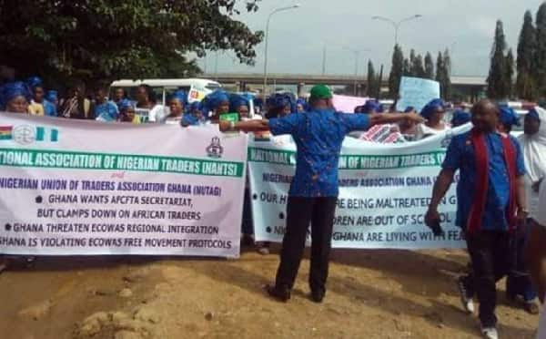Nigerians vow to retaliate over closure of shops in Ghana