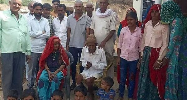 95-year-old man reportedly wakes up at his own funeral in India (photo)