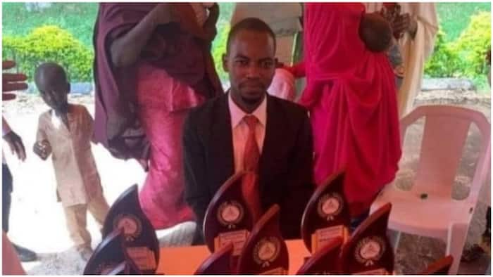 Young man emerges as best graduating medical student, bags 13 awards (photo)