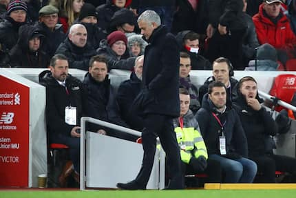 Manchester United fans react to Jose Mourihno sacking