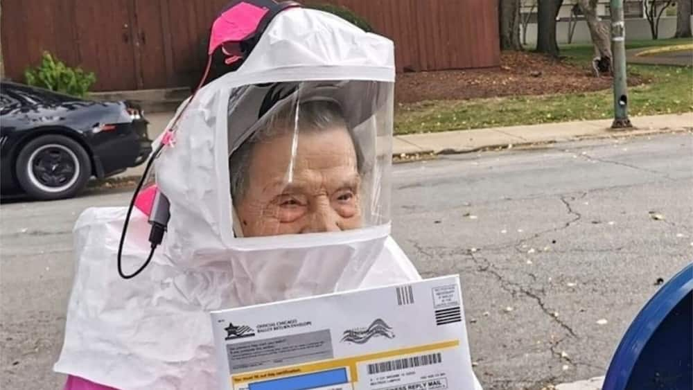 Armed with her PPE, Beatrice went out to vote. Photo source: Yahoo Life