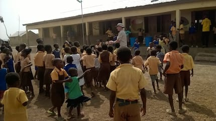 Pupils of Abolato primary use cement blocks as tables to study (Photos)