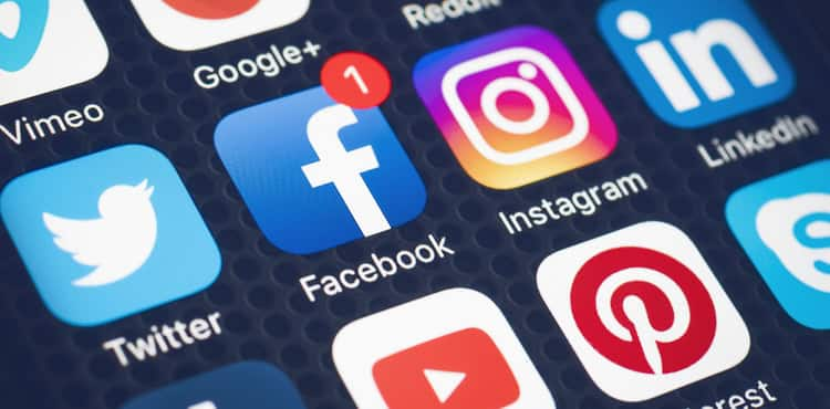 7 Digital Marketing Trends to Watch in 2021: Tips From Forbes & Google