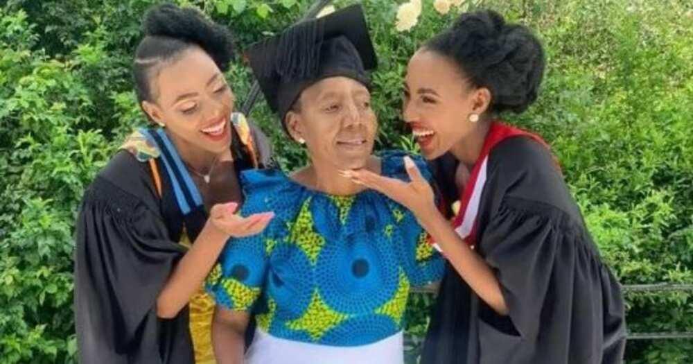 Sisters Thank Mom for Sending Them to Varsity Despite Earning only R3k