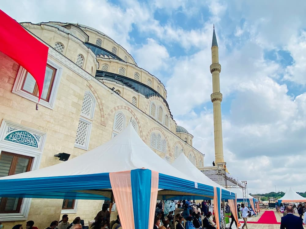 Ghana National Mosque opened and ready for use by the public; photos drop