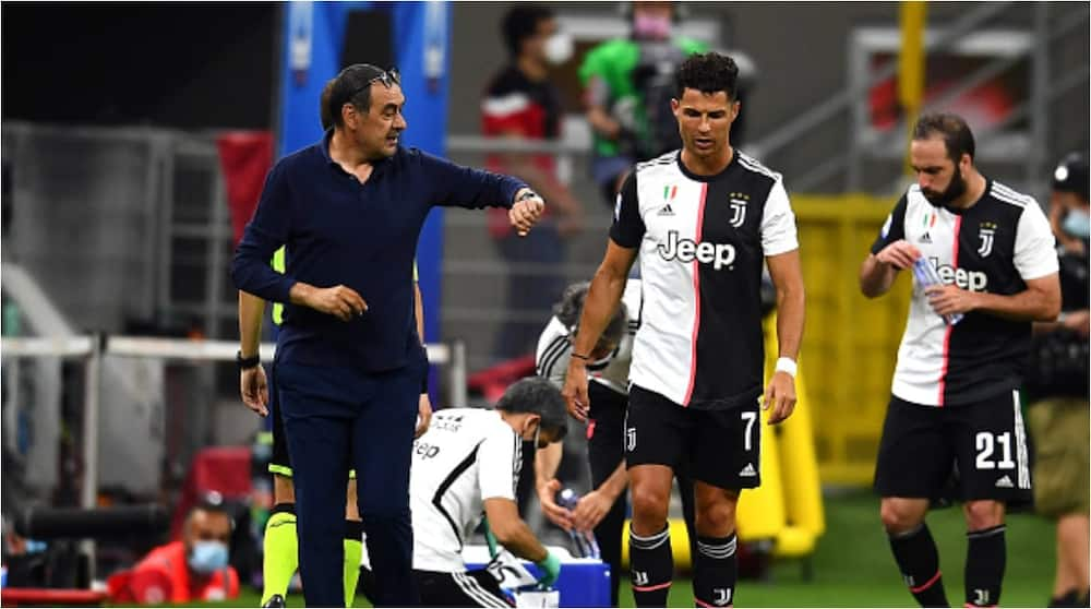 Fans 'attack' Maurizio Sarri as Juventus throw away lead to eventually lose 2-1 to Udinese