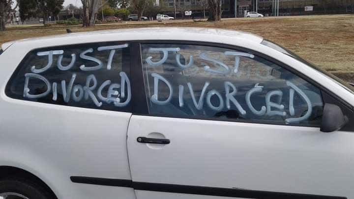 Man confidently announces divorce from wife on his car's screen