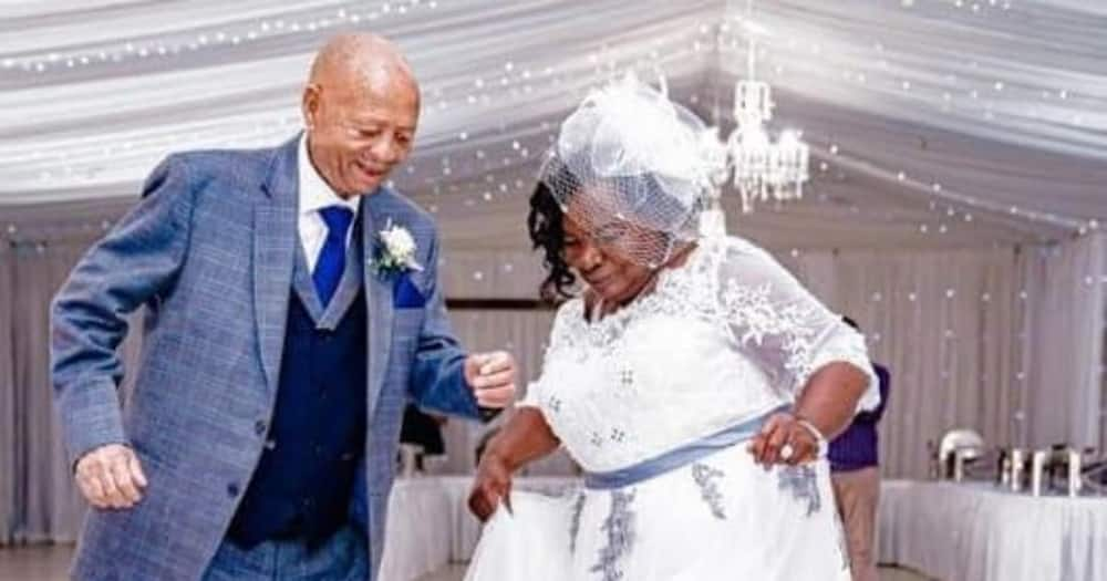 Daughter Celebrates Mom and Dad's 50th Anniversary With Amazing Snap