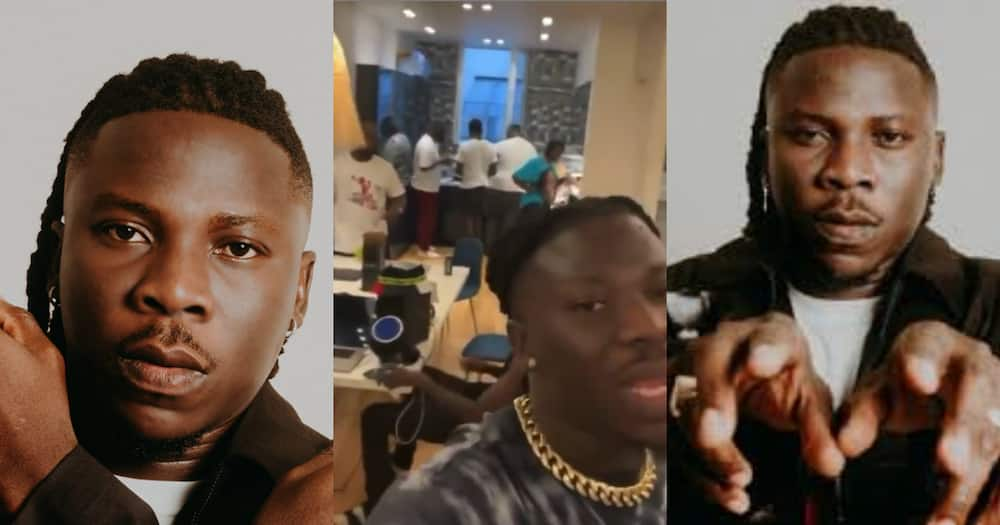 Stonebwoy throws shade after flying entire crew to France. Video pops up