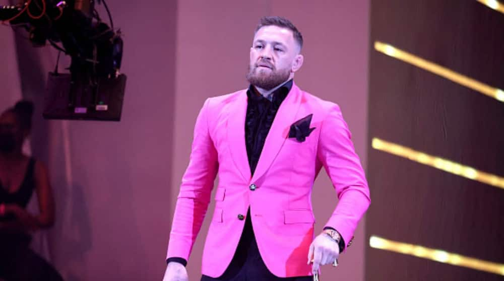 UFC Star Claims He's Richer Than Lionel Messi and Cristiano Ronaldo After Embarrassing Baseball Pitch